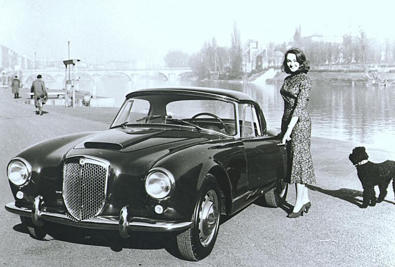 1954 LHA042_AureliaB24Convertible6_Serie1954_1958_800