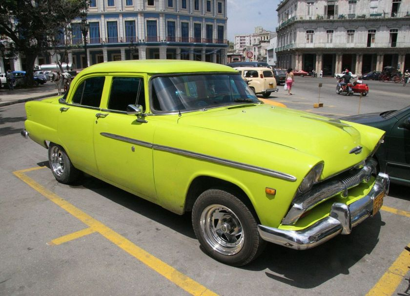 1955 Plymouth Plaza Six Sedan in Havana