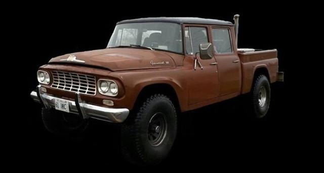 1961–1962 IHC C-120 Travelette