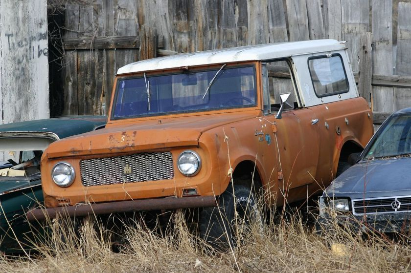 1962-65 International Harvester Scout 80 with the roll-down windows