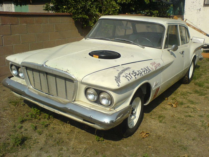 1962 Plymouth Valiant 2-door with Hyper Pak