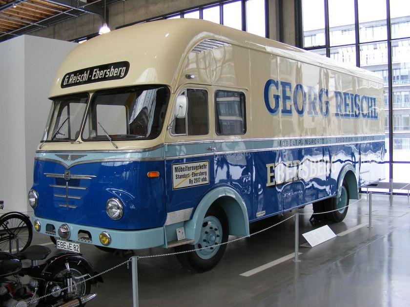 1963 Büssing-Möbeltransporter mit Unterflurmotor, Ackermann-Aufbau