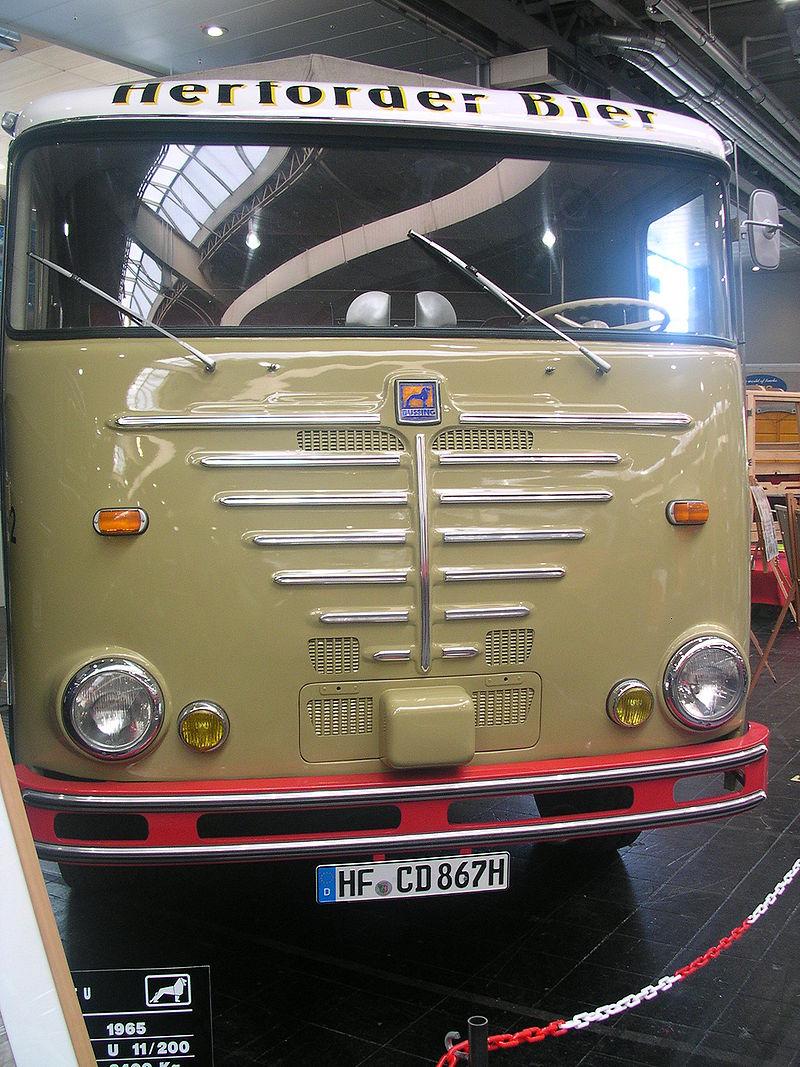 1965 Büssing Commodore U, Motor U 11-200, 161 kW (220 PS), Hubraum 11774 ccm, 8400 kg Nutzlast, Gesamtgewicht 16000 kg