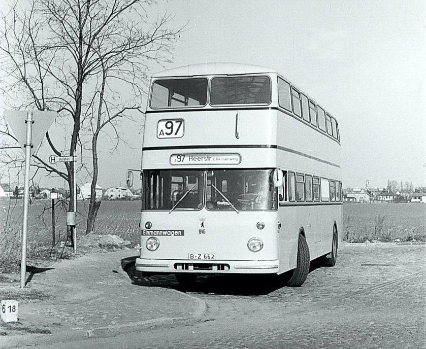 1965 Büssing DE65 mit der Wagen-Nr. 1662 auf der Linie 97