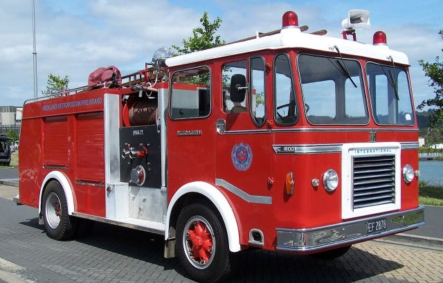 1969 International C1800 ACCO Butterbox. Ex Auckland NZFS. Open backed cab, APEX coachwork