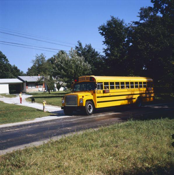 1972 International Bus with Carpenter Body