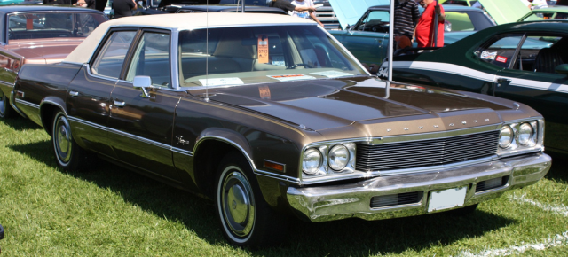 1974 Plymouth Fury sedan C-body