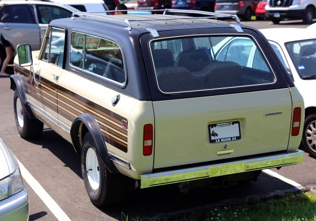 1976-80 IH Scout II Traveller, with the third row of seats, rear
