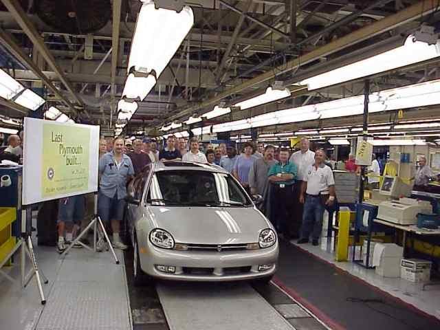 2001 Plymouth the last automobile built, 2001, Belvidere, IL, USA, a Neon