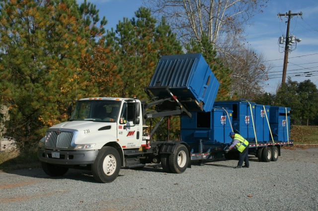 2008-11-11 Unloading dumspter from a truck