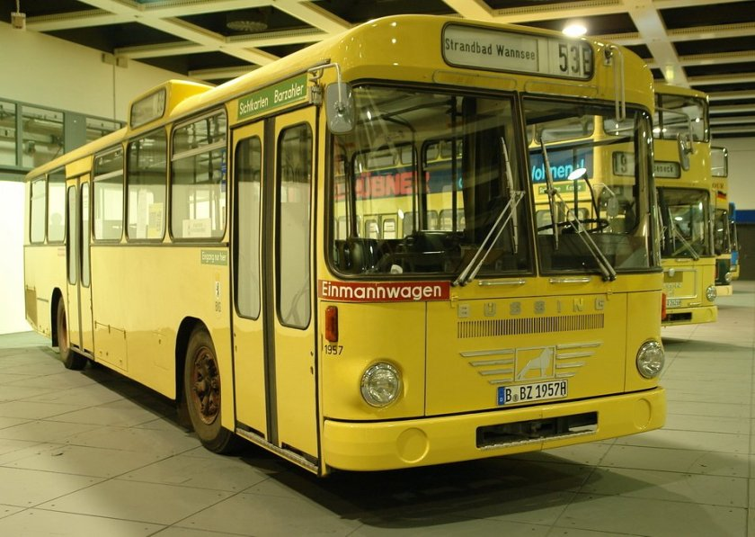 büssing bus-110-v-01