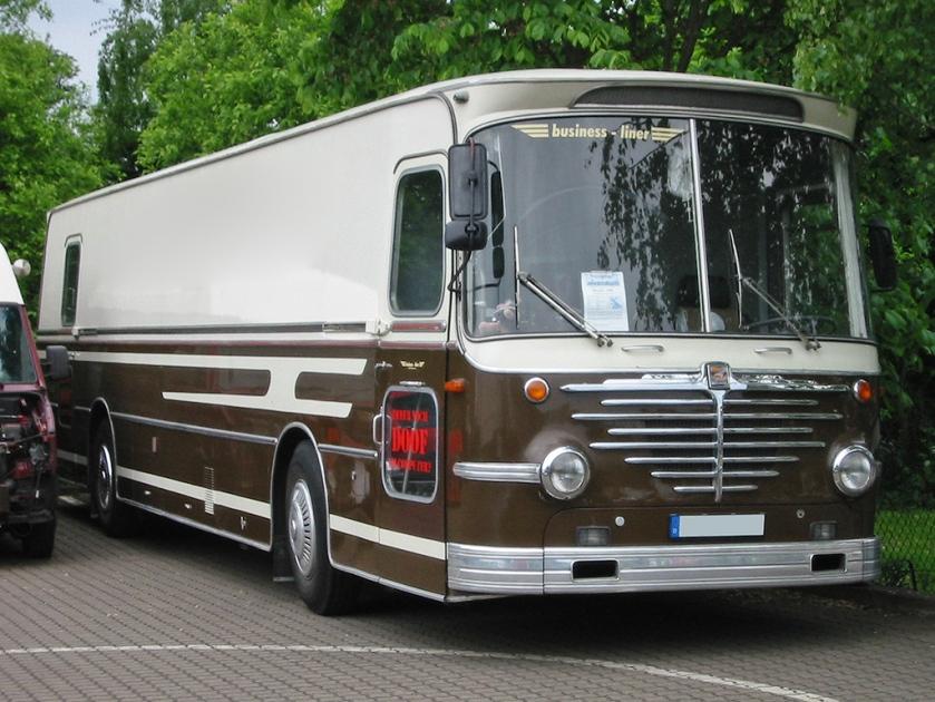 Büssing-Emmelmann-Reisebus