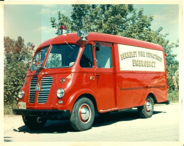 International Harvester METRO Brandweerwagen