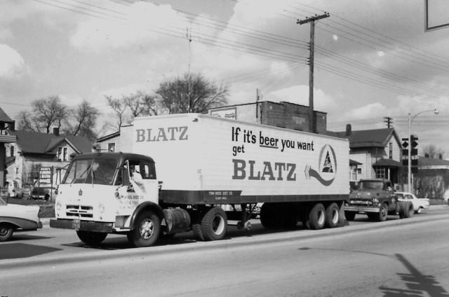 International Harvester tilt cab Blatz Beer