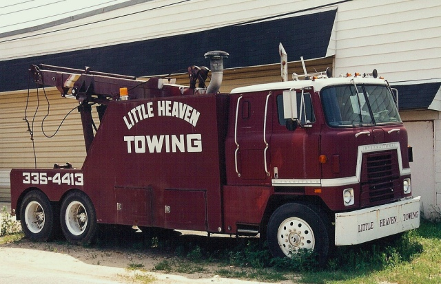 International Harvester Transtar II wrecker