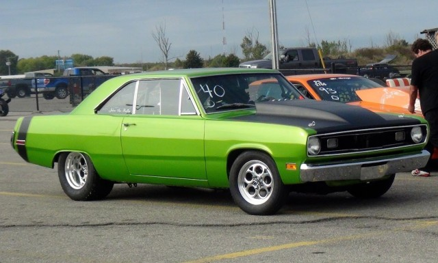 Plymouth VALIANT SCAMP a
