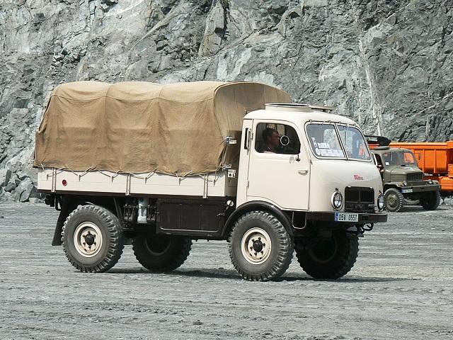 Tatra 147 Tatra 805