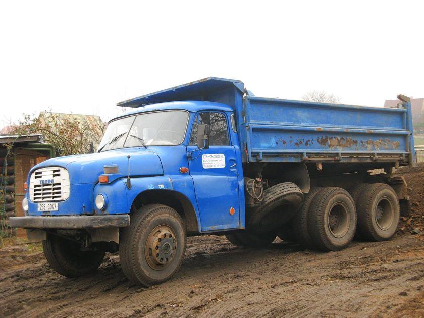 Tatra 148 lorry