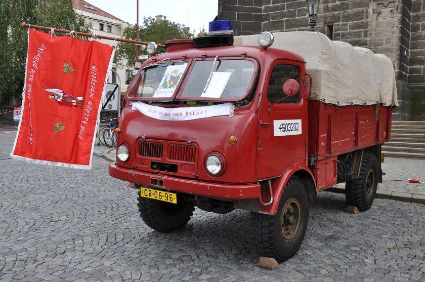 Tatra 805-fire-engine2012