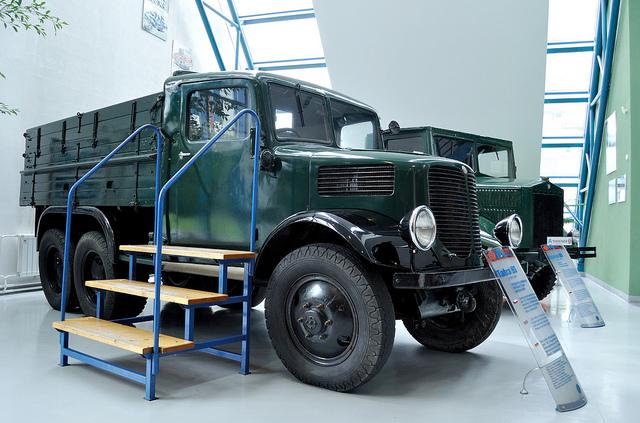 Tatra-93-1