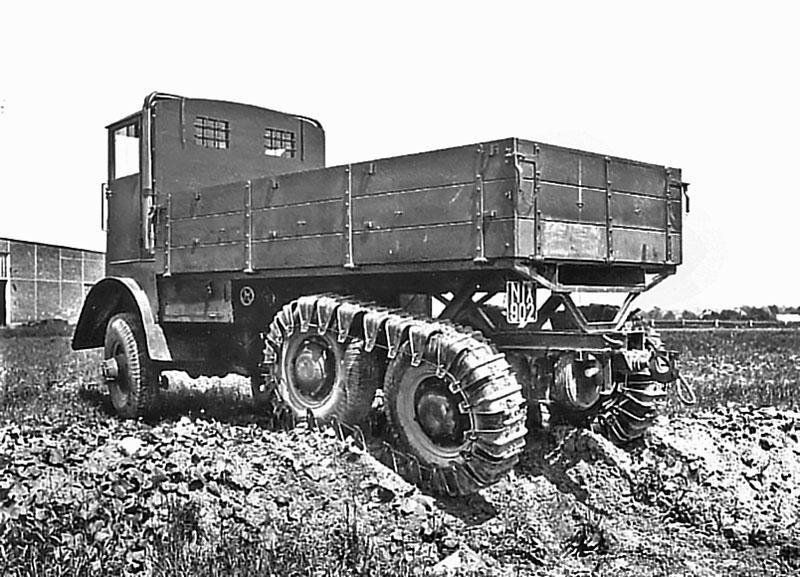Tatra T25 prototypu T 25 3000 + 1250 mm