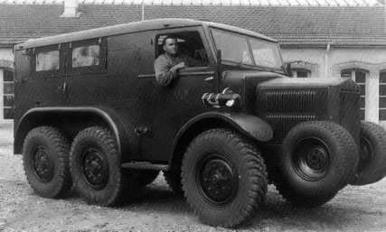 Tatra T28 01
