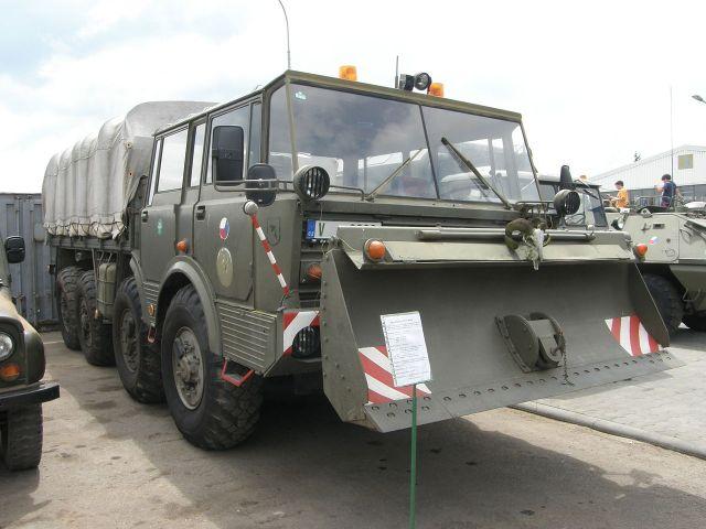 Tatra T813 KOLOS military specs with dozer blade