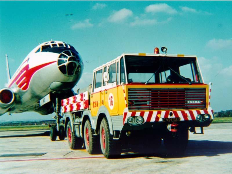 Tatra T813 tugging Tu-104 civil