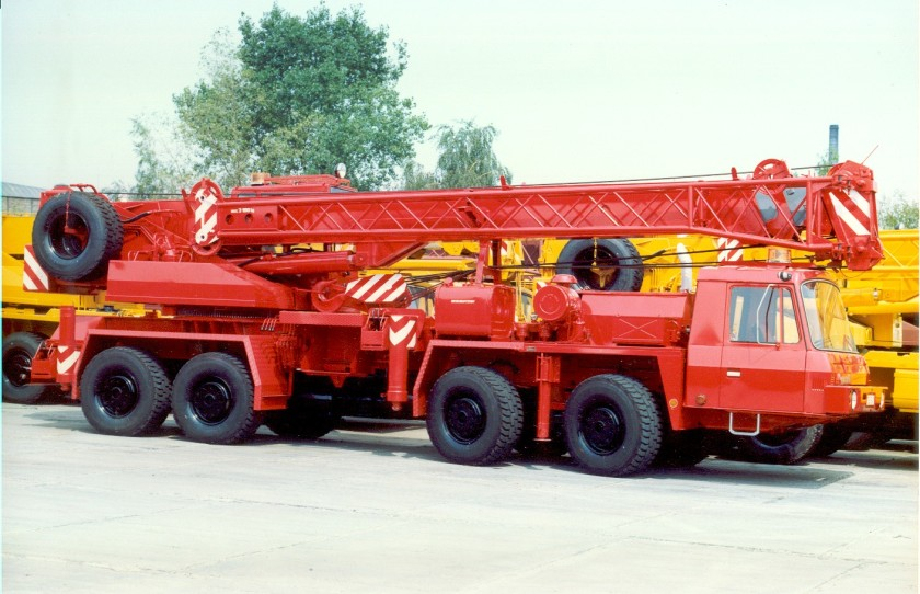 Tatra T815 8x8 crane with low cab Autojerab-AD30-8X8