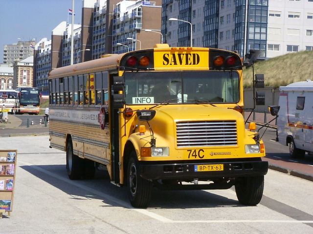 Wayne Lifeguard school bus with International 3800 chassis (retired)