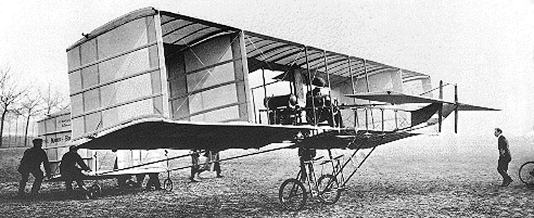 1909 John Moore-Brabazon in his Voisin Bird of Passage in 1909