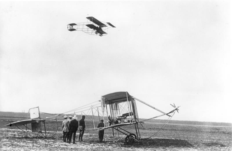 1910 Farman III Bundesarchiv Bild 183-R37016, Berlin-Johannisthal, Flugzeuge