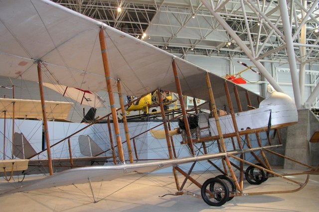 1915 Maurice Farman MF 11 Shorthorn musee