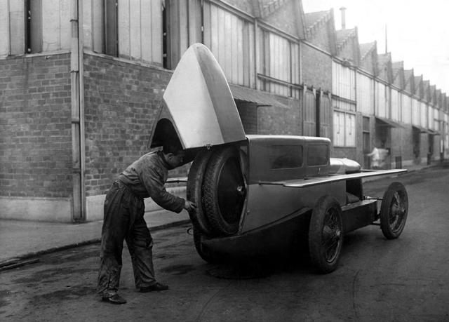 1923-farman-a6a-super-sport-berline-de-course-aerodynamique-par-rothschild-fils-1923
