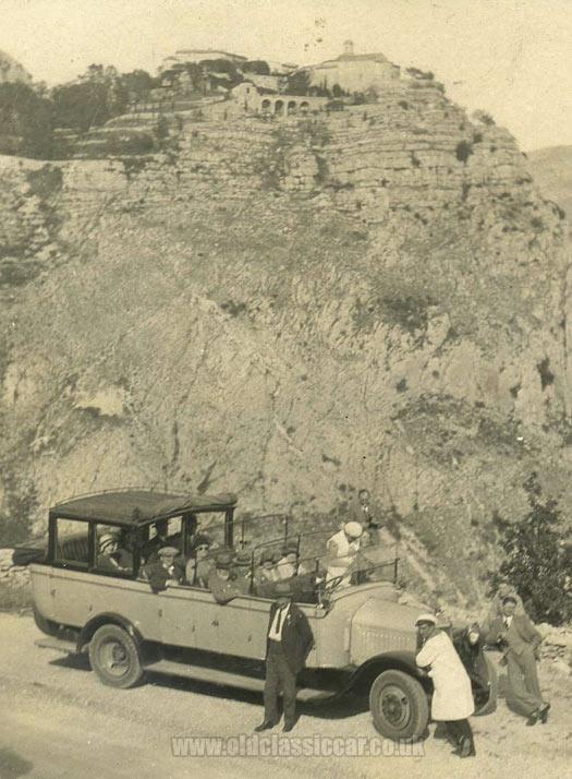 1925-bristol-coach-riviera