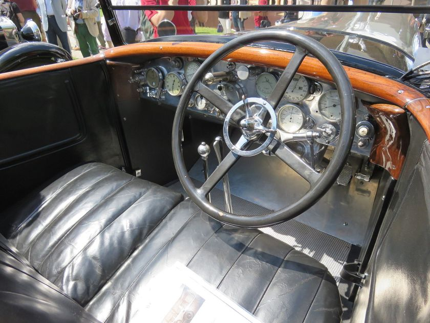 1925-farman-a6b-coupe-de-ville-million-guiet-interieur-dashboard