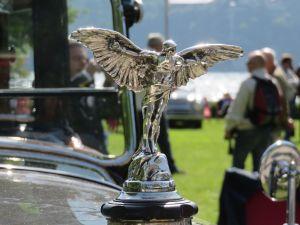 1925 Mascotte de bouchon de radiateur en hommage au pilote Alberto Santos-Dumont, de Farman A6B Coupé de Ville Million-Guiet