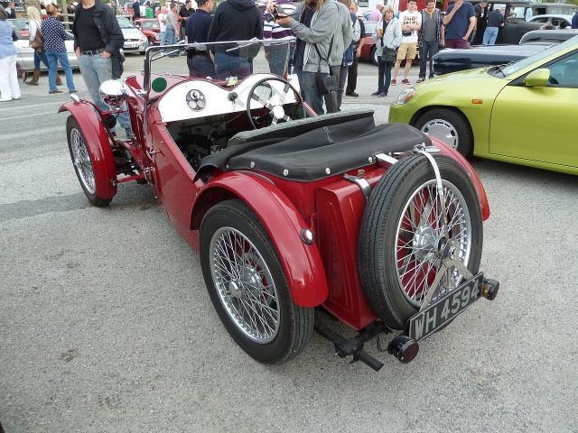 1933-mg-j2-rear