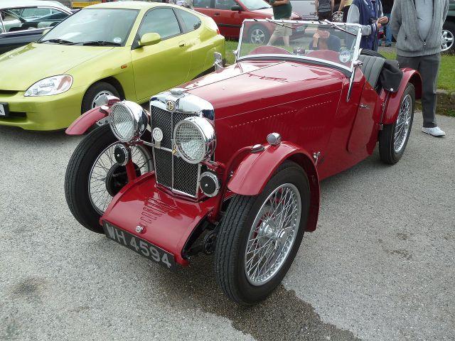 1933-mg-j2