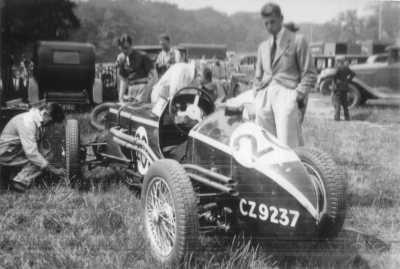 1935-mg-r-type-bobby-baird-donington-park-circa-1935-tail-1760-p