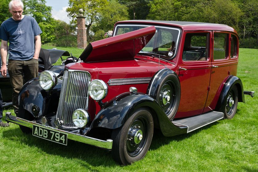 1938-armstrong-siddeley-17-saloon