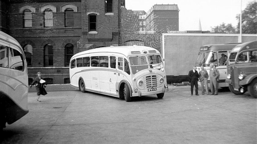 1951-bristol-lwl6b-with-ecw-c35f-body