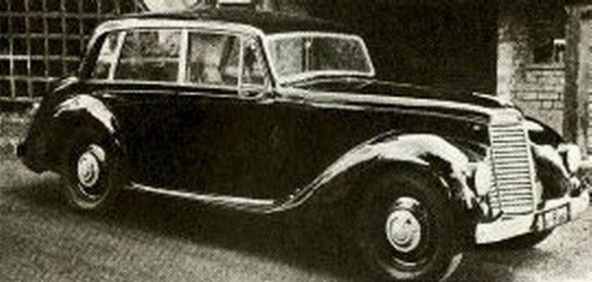 1952-armstrong-siddeley-whitley-six-light-saloon