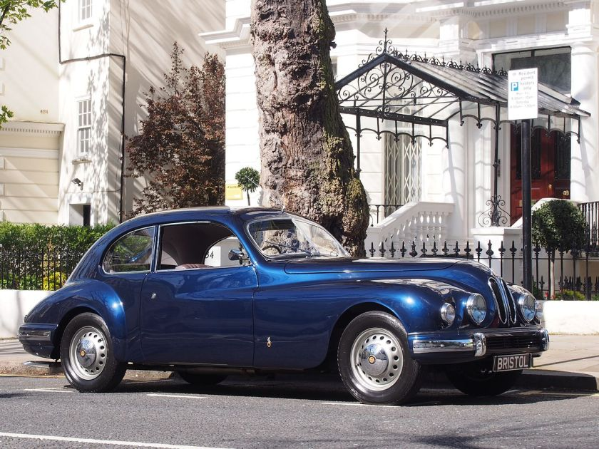 1952-bristol-401-in-holland-park-kensington-london