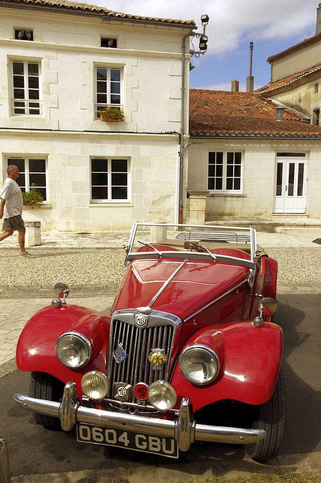 1953-mg-td-voiturerouge-ronsenac-01