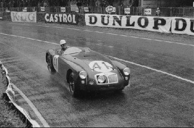 1955-ken-miles-in-the-mg-ex182-at-the-1955-24-hours-of-le-mans