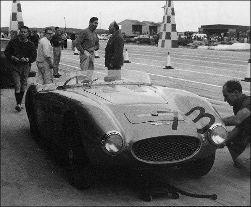 1958-austin-healey-sal-v-nassau
