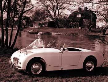1958-austin-healey-sprite-frogeye-bw