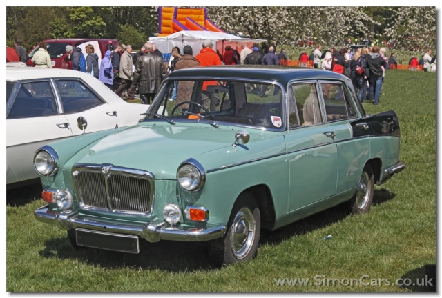 MG Magnette MkIII.  The 1489cc B-series engine was given Twin SUs for the MG (and the Riley 4/68) when launched in 1959.