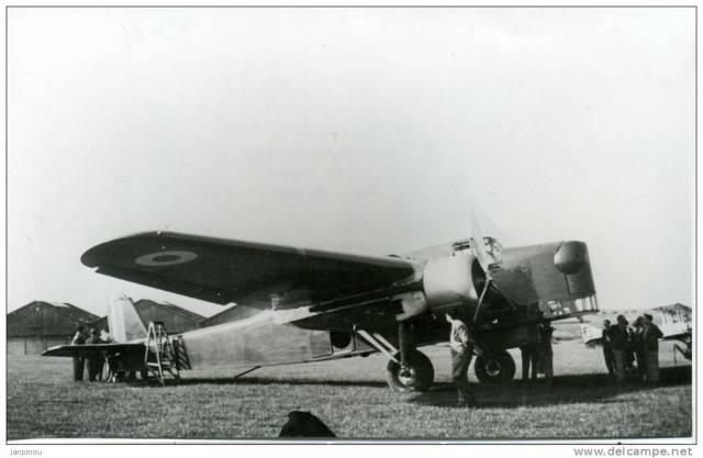 Avion Farman F420